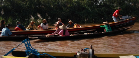 Tourists in Inle.