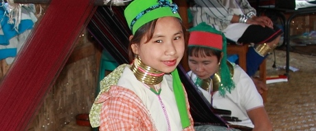Padaung long neck girl in Inle.